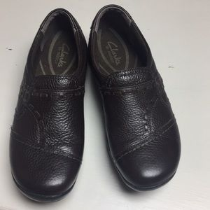 Clark's Shoes Size 6W Brown